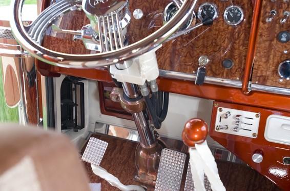 Outlaw interior_BWS3498