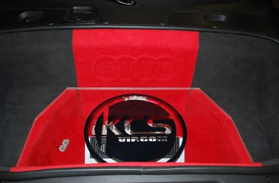 R8 front trunk1
